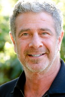 Gil Junger. Director of 10 Things I Hate About You