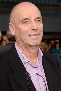 Martin Campbell. Director of Green Lantern