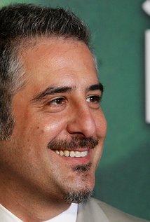 Glenn Ficarra. Director of Focus