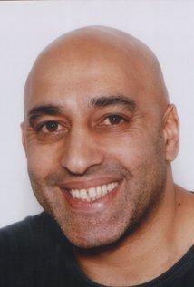 Moey Hassan