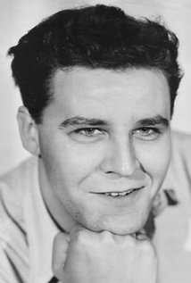 Jim O'Connolly. Director of The Valley of Gwangi