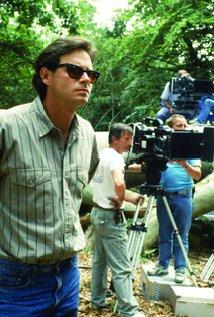Kevin Reynolds. Director of Waterworld