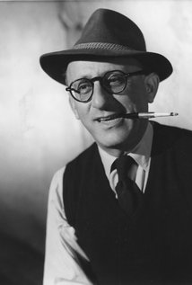 Robert Siodmak. Director of The Killers
