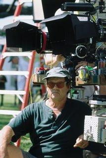 Bruce Beresford. Director of Mr. Church