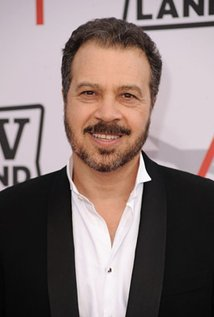 Edward Zwick. Director of Love And Other Drugs