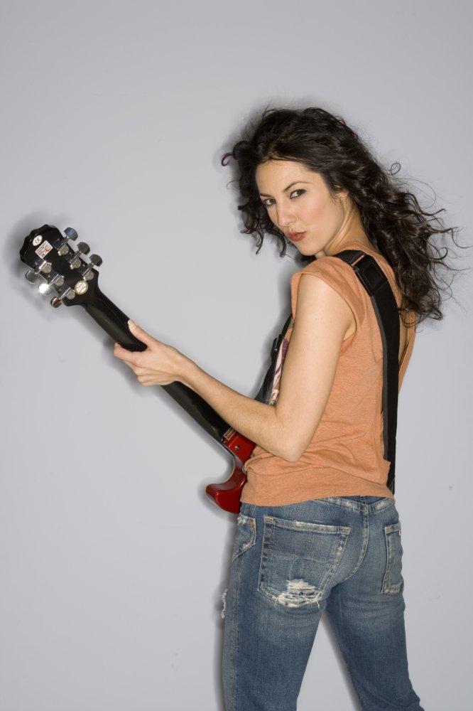 Gina Artese