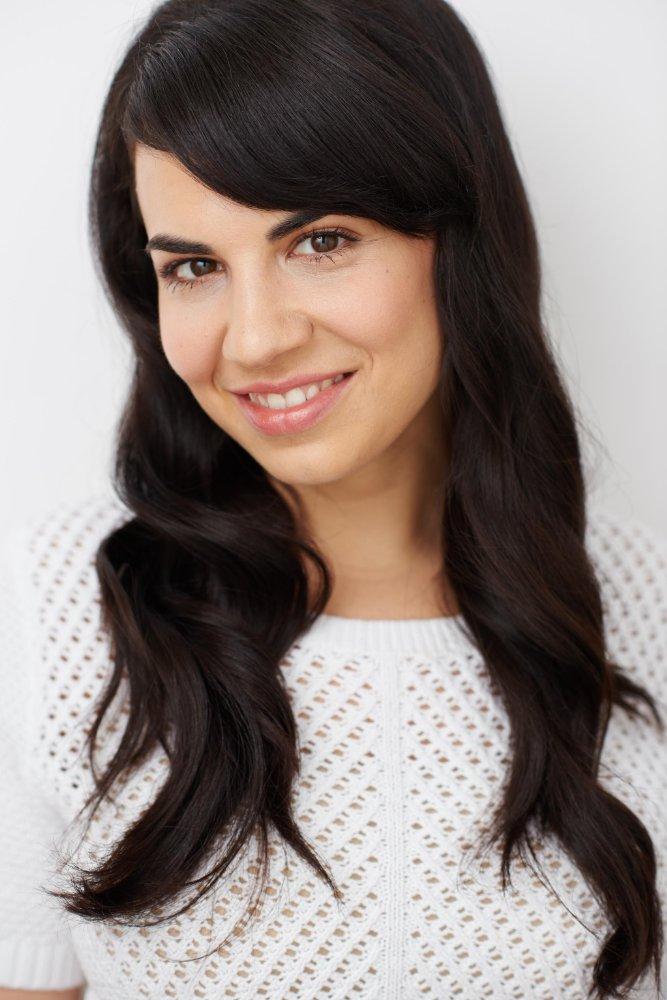Shelley Molad