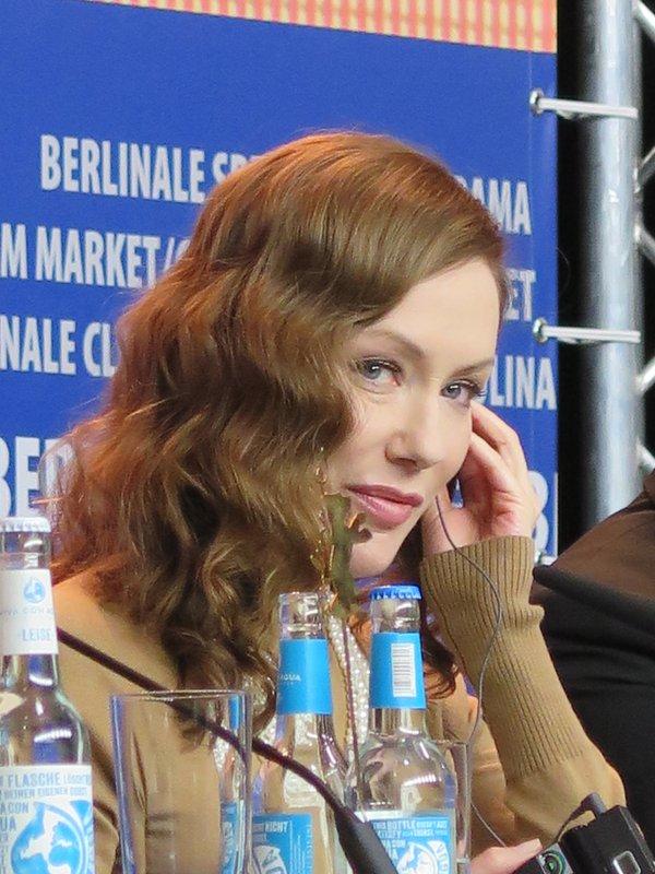 Simone-Élise Girard