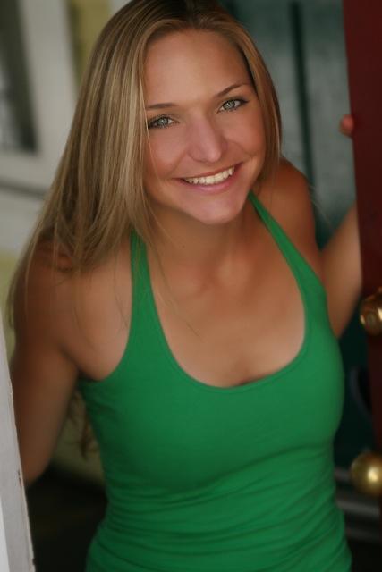 Laura Henschel