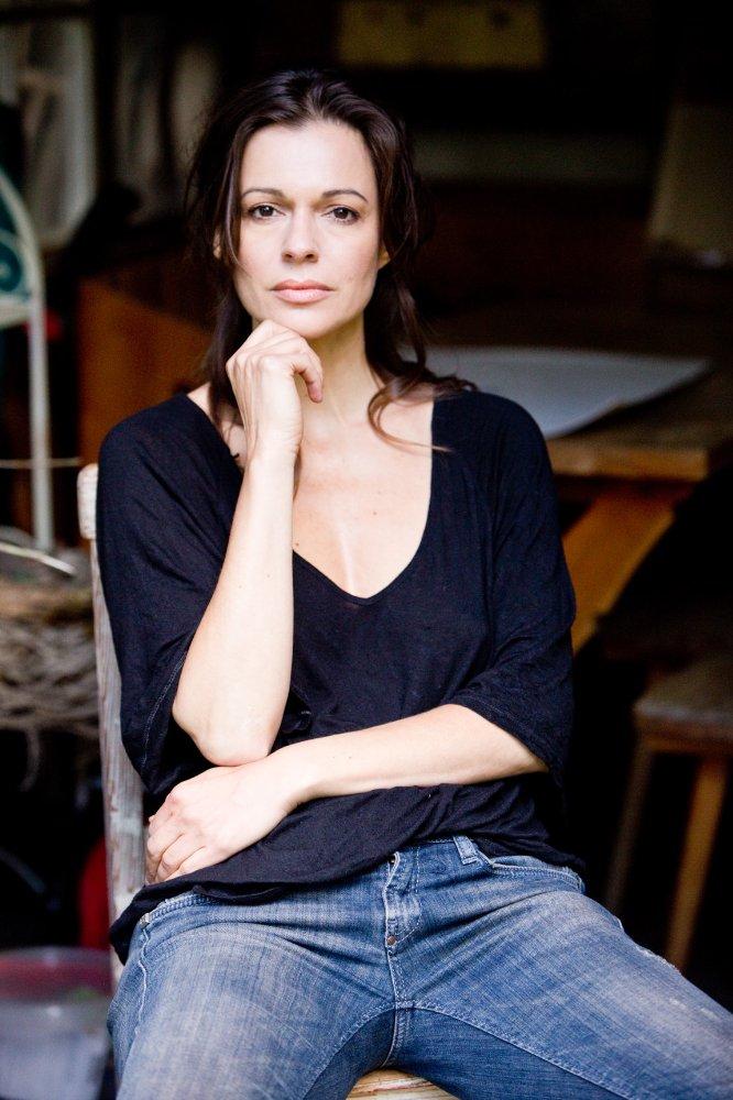 Suzan Anbeh