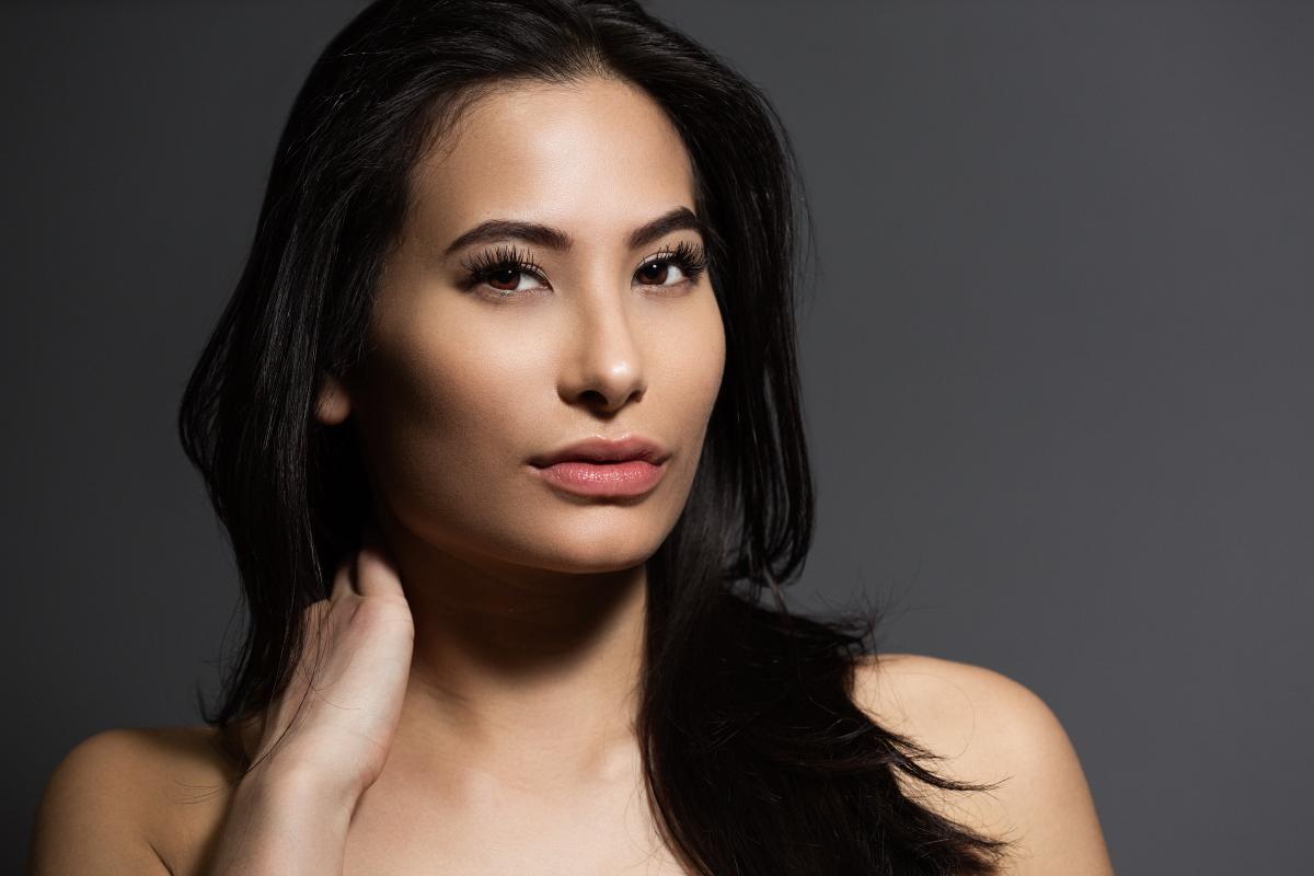 Victoria Simone