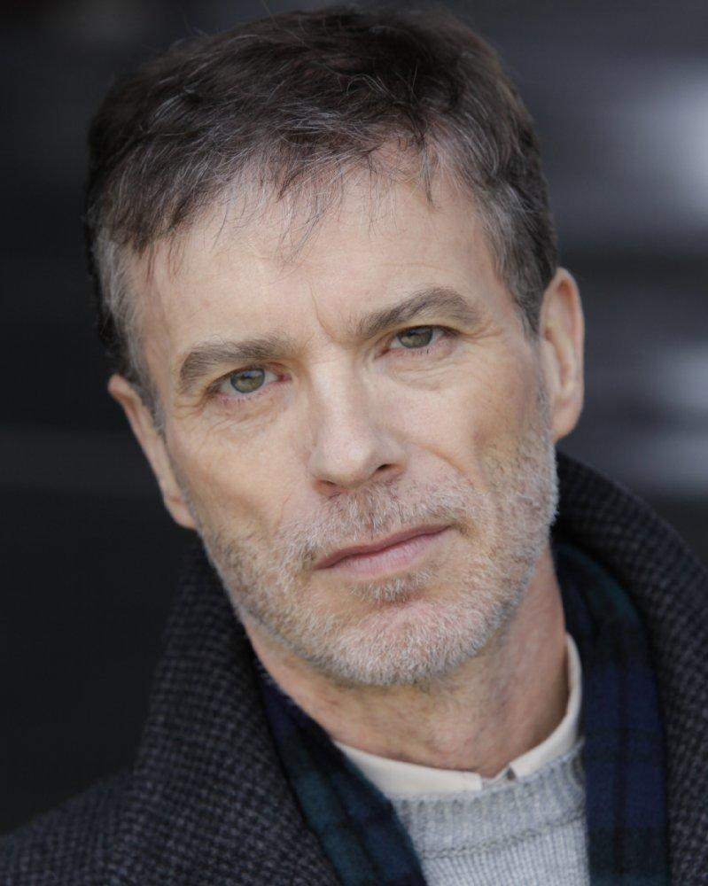 Simon Vance
