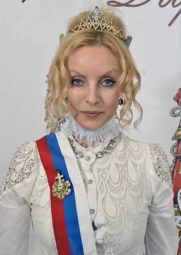Yeva-Genevieve Lavlinski