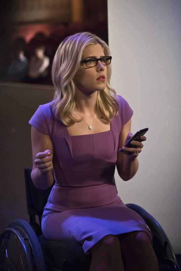 Arrow - Season 4 Episode 14: Code of Silence