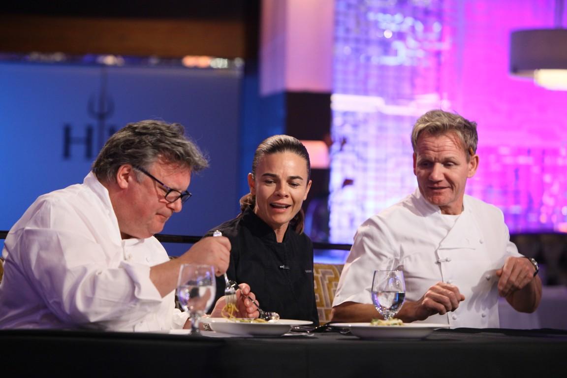 Hell's Kitchen - Season 14 Episode 04: 15 Chefs Compete