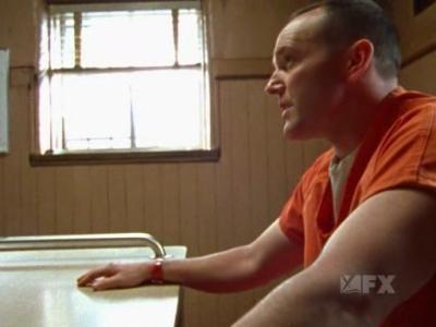 The Shield - Season 3 Episode 11: Strays