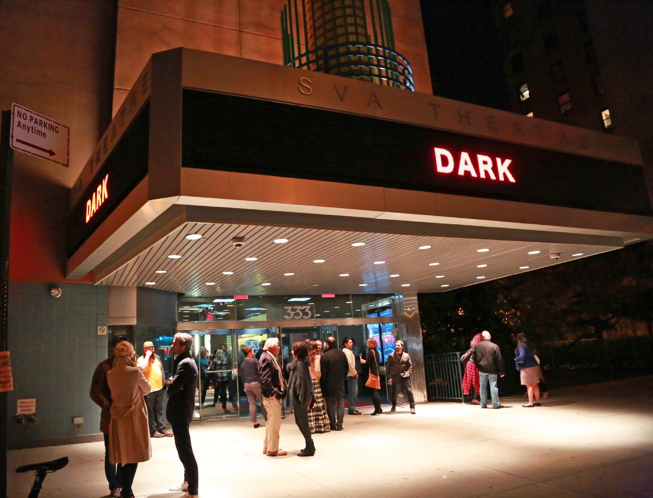 Dark (2015)