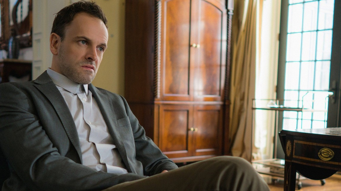 Elementary - Season 4 Episode 16: Hounded