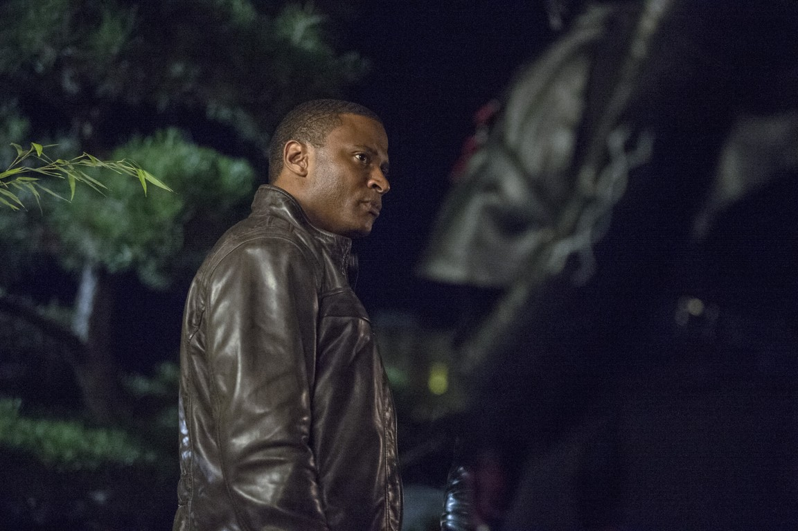 Arrow - Season 3 Episode 04: The Magician
