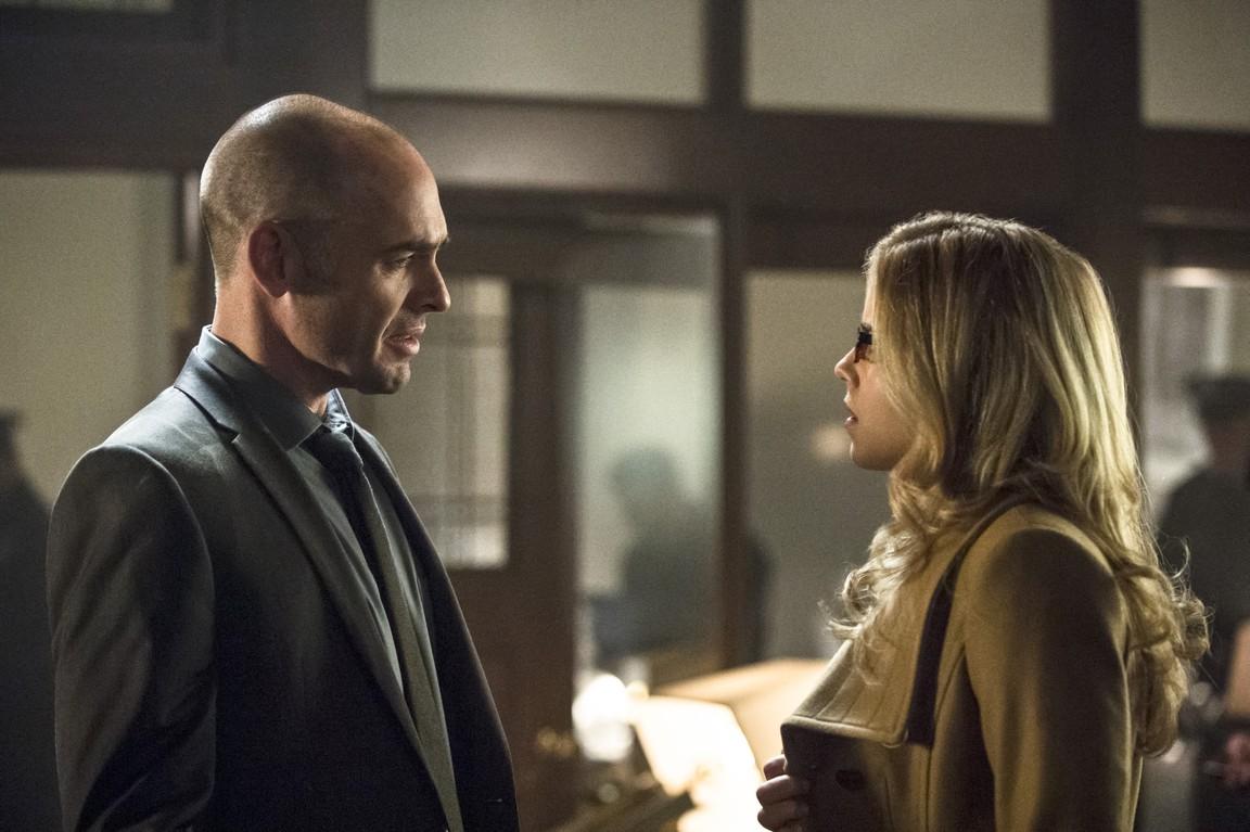 Arrow - Season 3 Episode 11: Midnight City