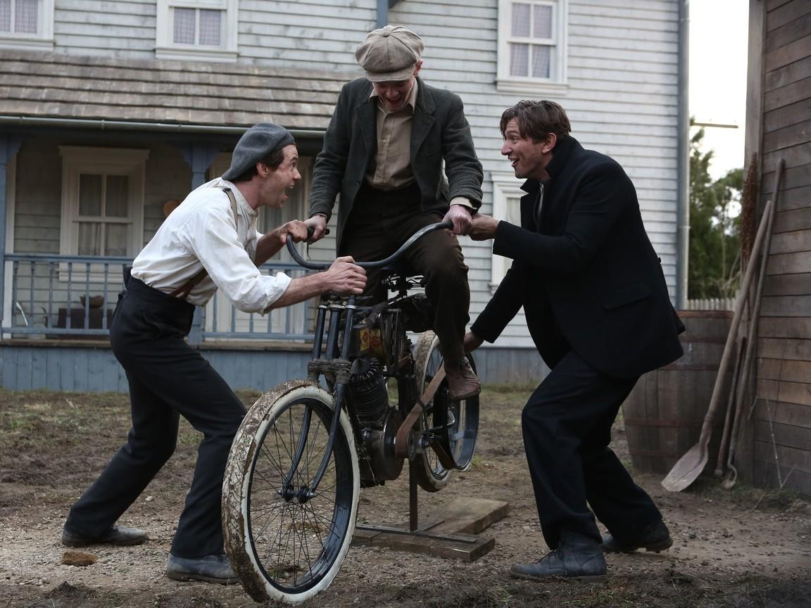 Harley and the Davidsons - Season 1 Episode 01: Amazing Machine