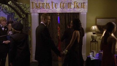 One Tree Hill - Season 2 Episode 09: The Trick is to Keep Breathing