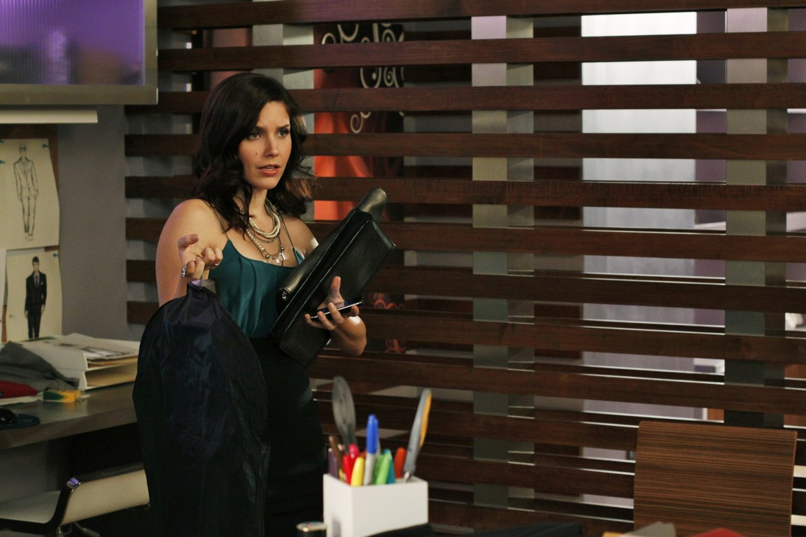 One Tree Hill - Season 7 Episode 19: Every Picture Tells a Story