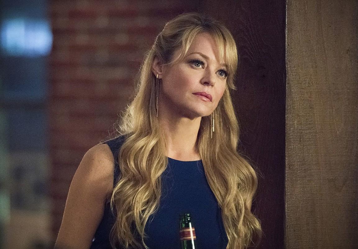 Arrow - Season 4 Episode 22: Lost in the Flood