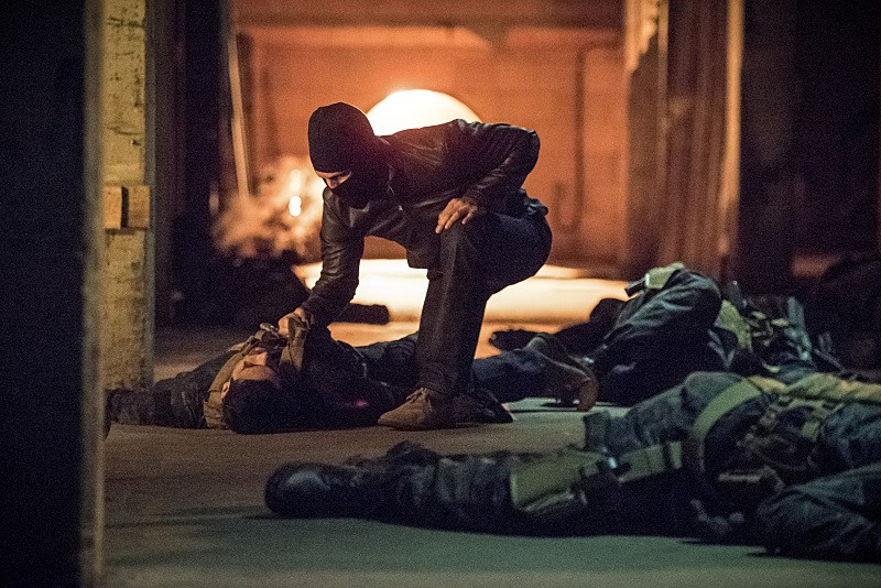 Arrow - Season 4 Episode 01: Green Arrow