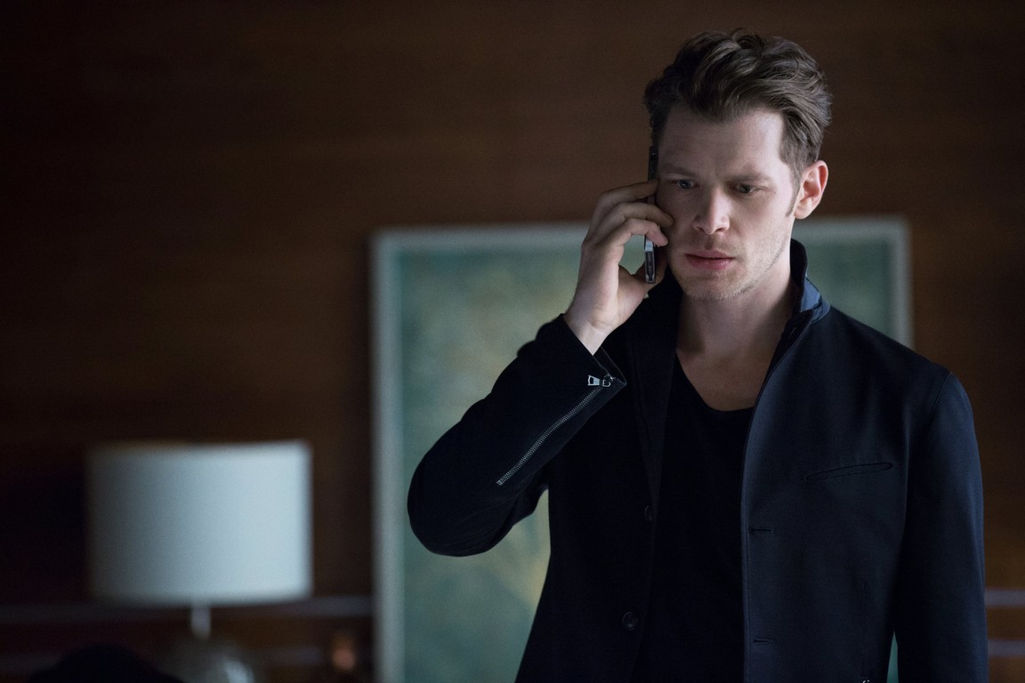 The Originals - Season 3 Episode 22: The Bloody Crown