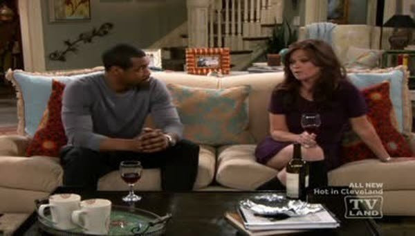 Hot in Cleveland - Season 2 Episode 08: LeBron Is Le Gone