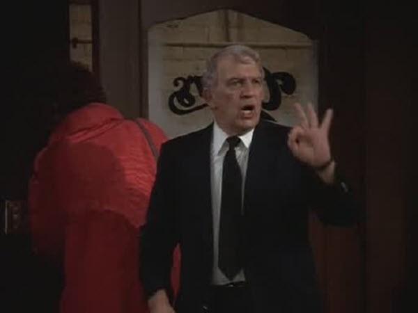 Cheers - Season 1 Episode 09: Coach Returns to Action
