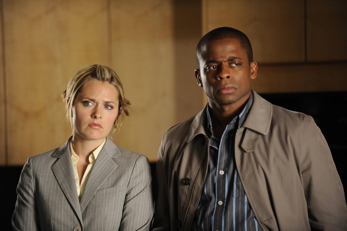 Psych - Season 4 Episode 01: Extradition: British Columbia
