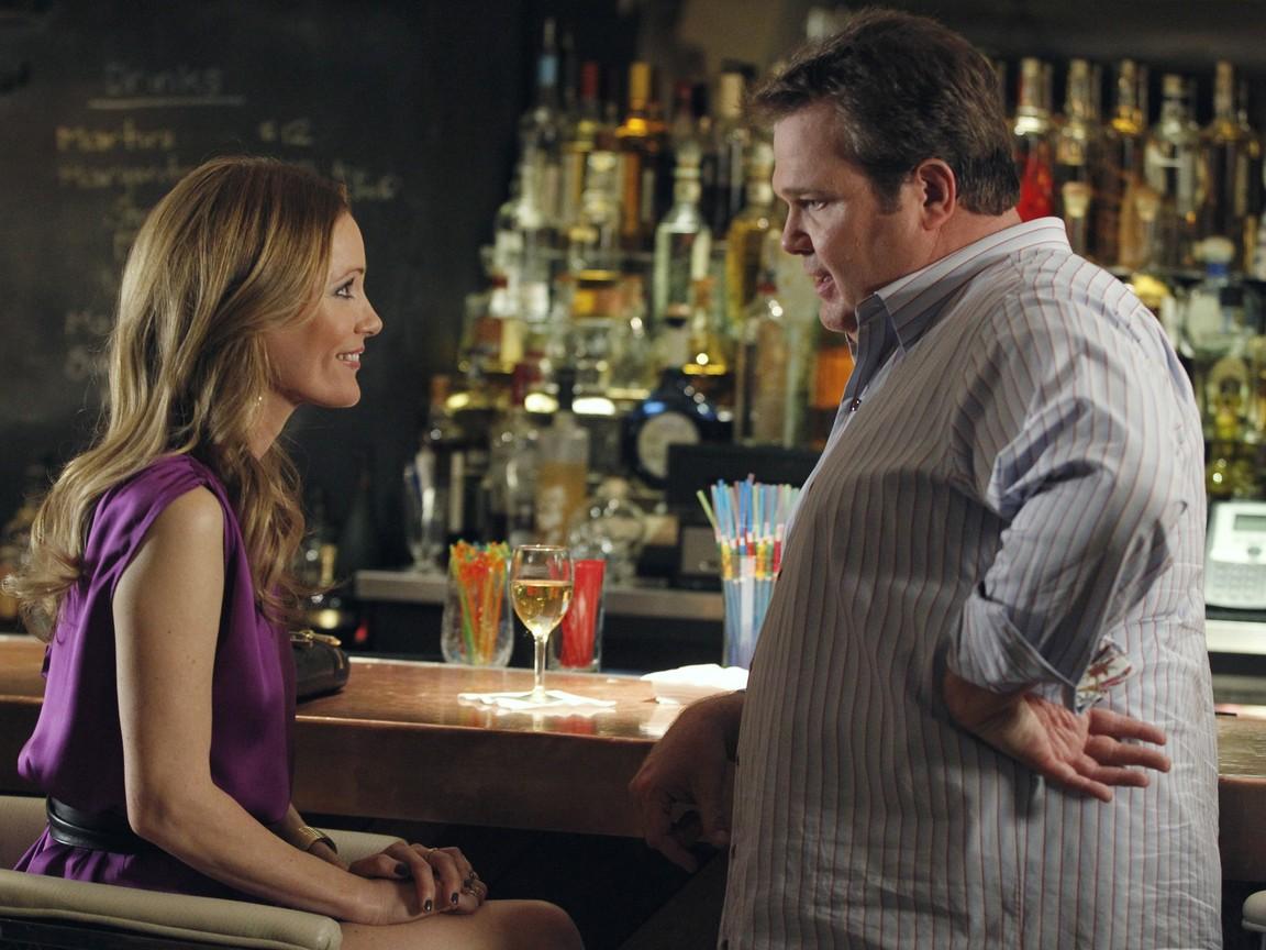 Modern Family - Season 3 Episode 07: Treehouse