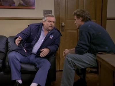 Cheers - Season 11 Episode 05: Do Not Forsake Me O' My Postman