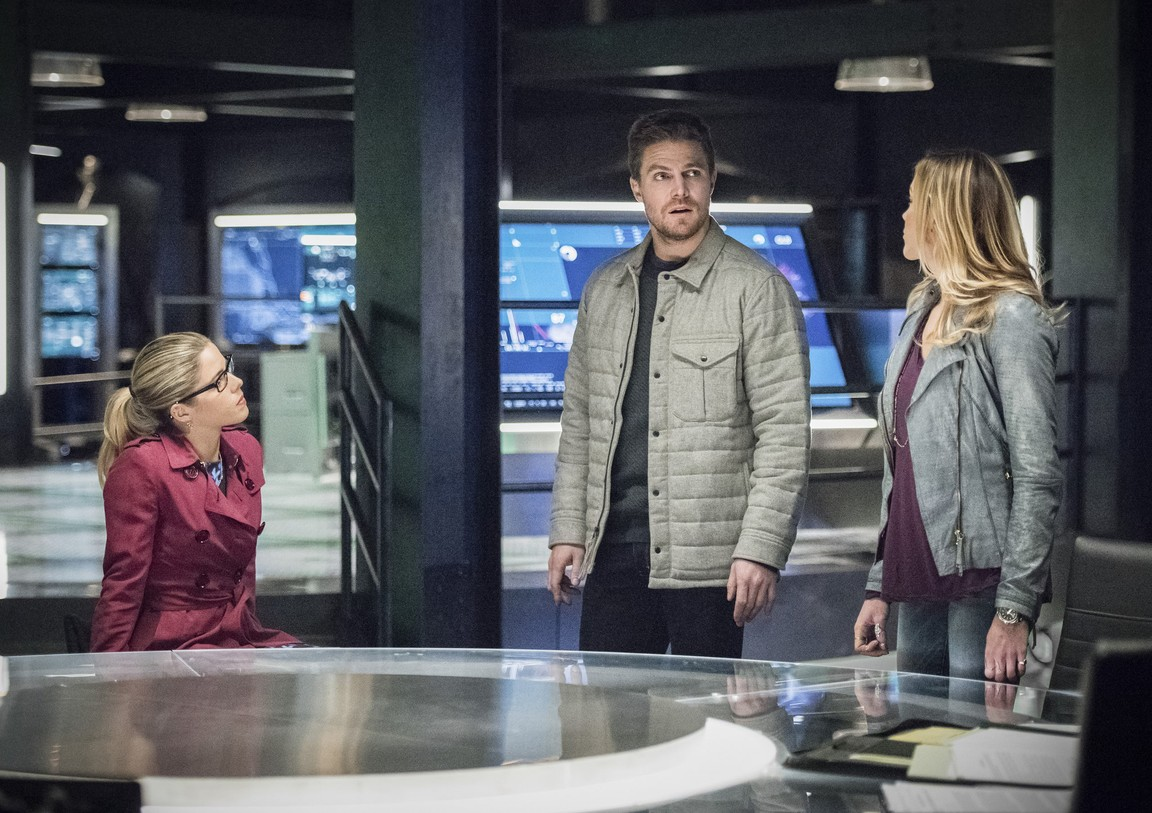 Arrow - Season 4 Episode 13: Sins of the Father