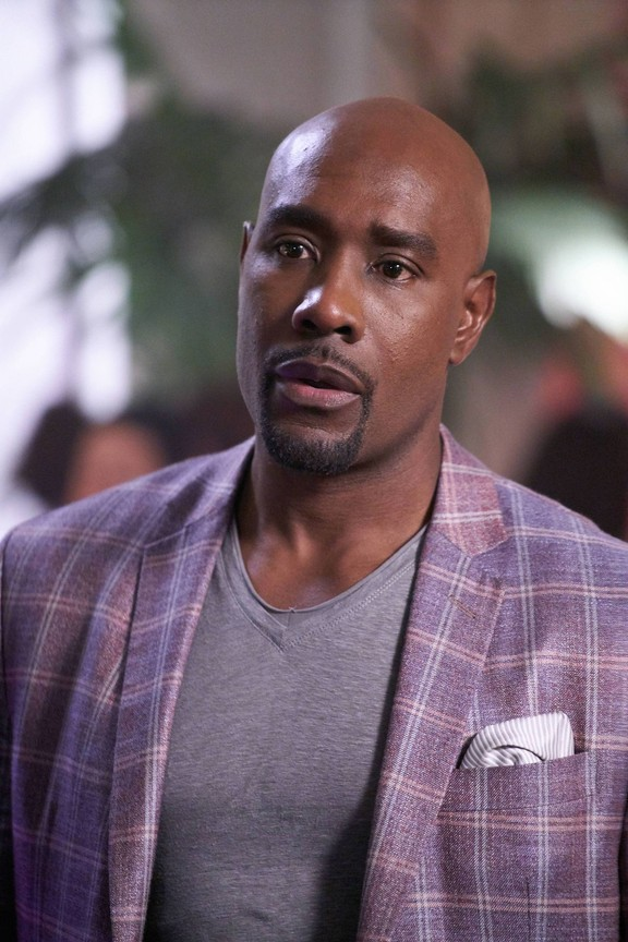 Rosewood - Season 2 Episode 11: Mummies & Meltdowns