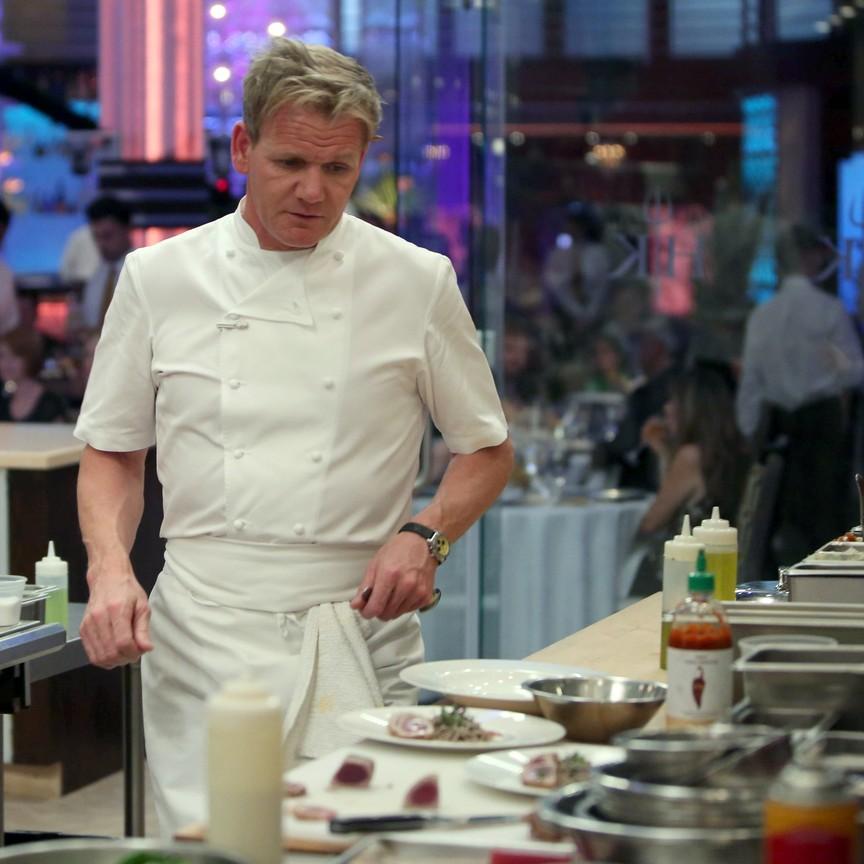 Hell's Kitchen - Season 14 Episode 14: 5 Chefs Compete
