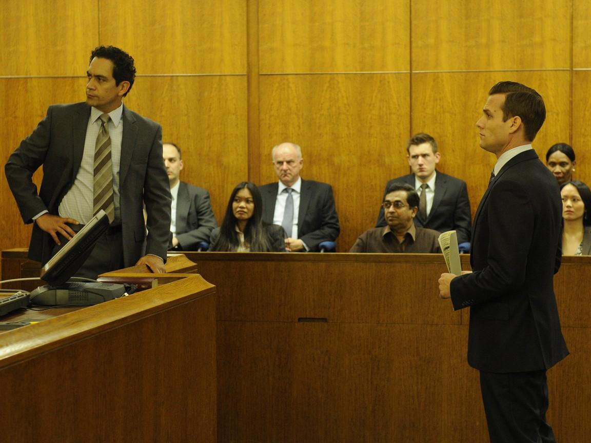 Suits - Season 1 Episode 05: Bail Out