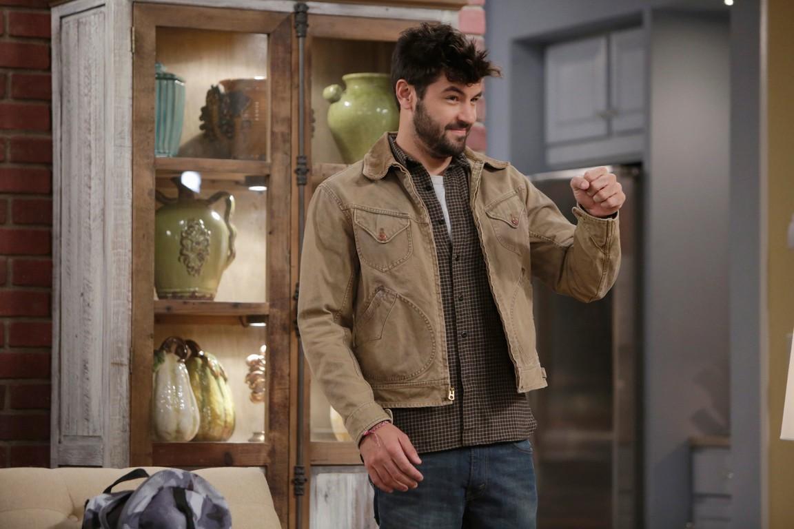 Last Man Standing - Season 4 Episode 07: Big Shots