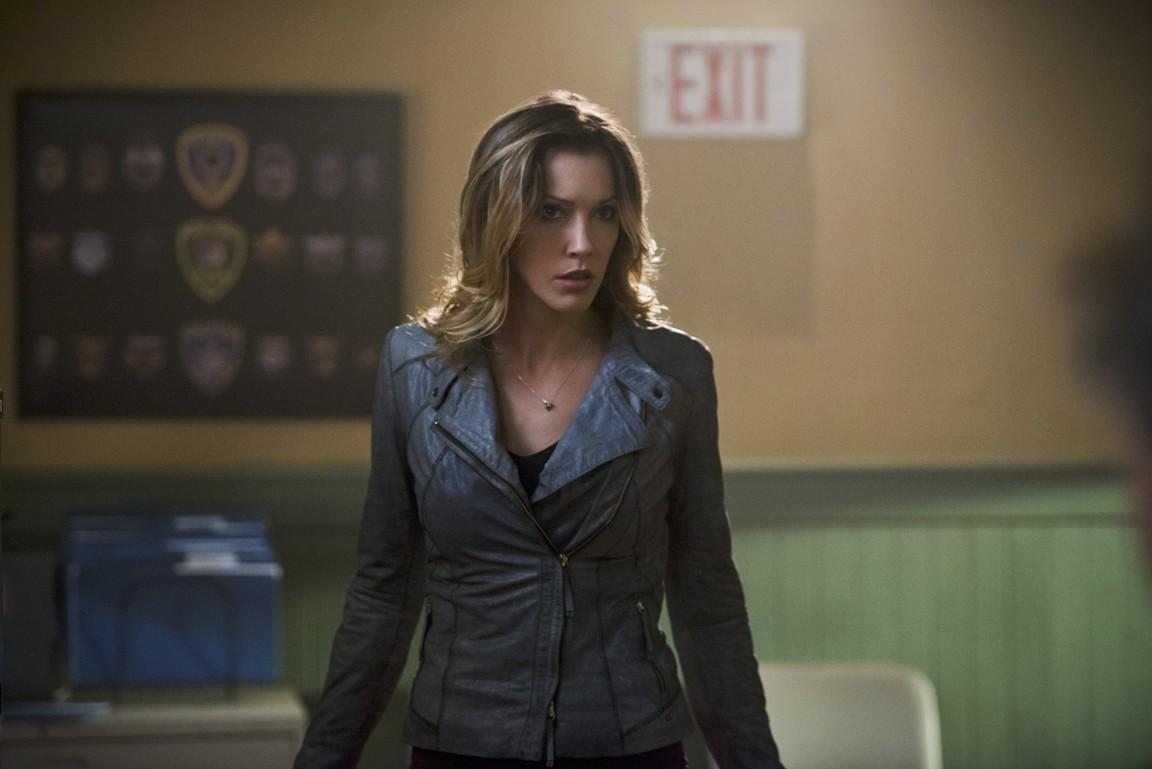 Arrow - Season 3 Episode 16: The Offer