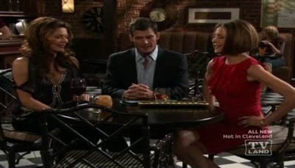 Hot in Cleveland - Season 2 Episode 03: Hot for the Lawyer