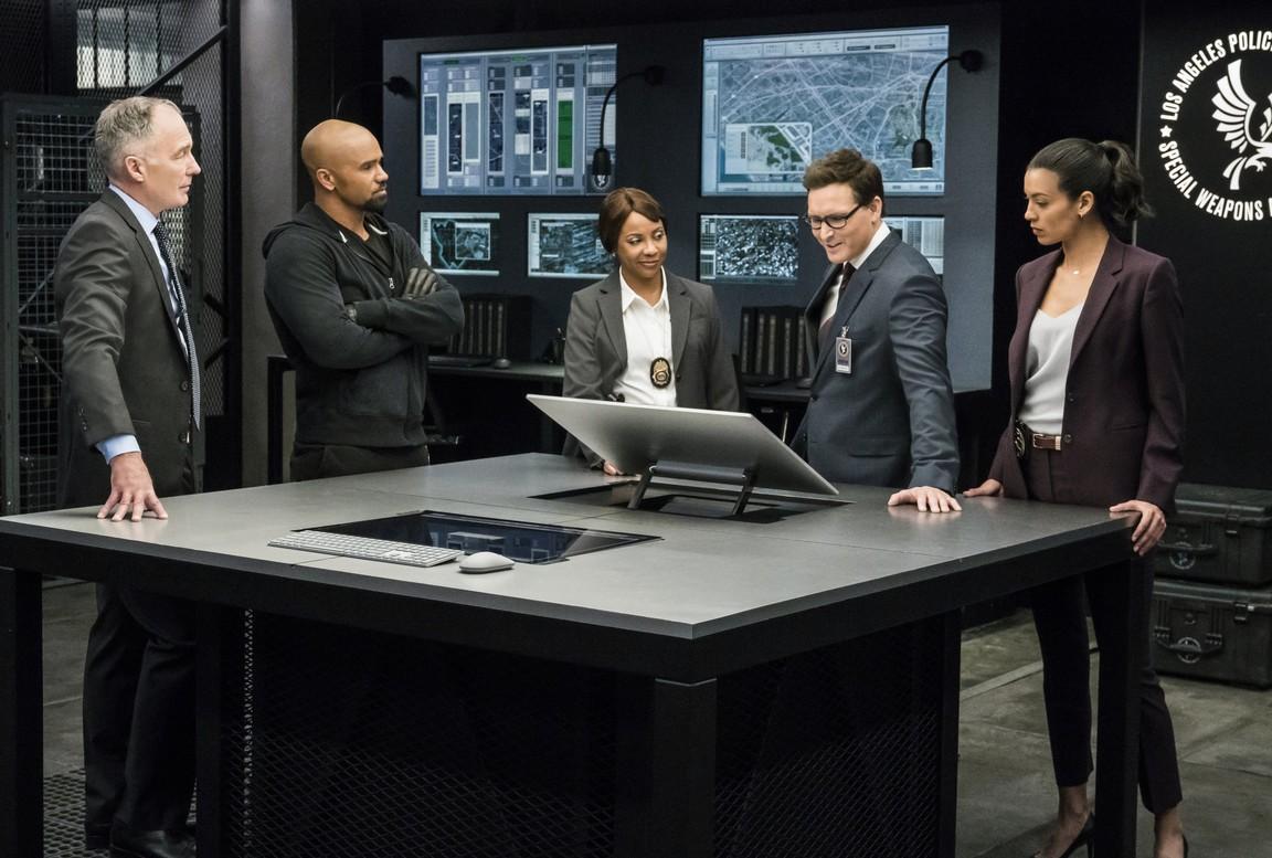 S.W.A.T. - Season 1 Episode 11: K-Town