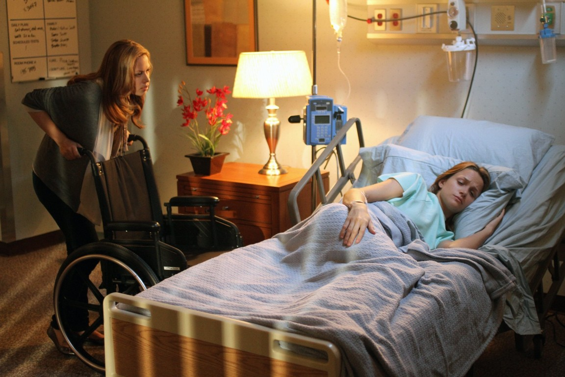 One Tree Hill - Season 8 Episode 3: The Space in Between