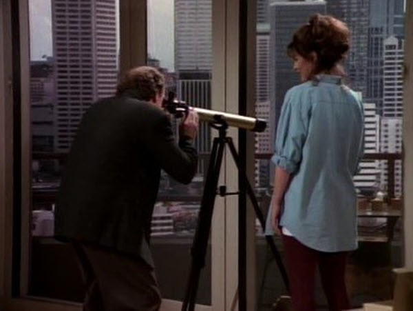 Frasier - Season 1 Episode 05: Here's Looking at You