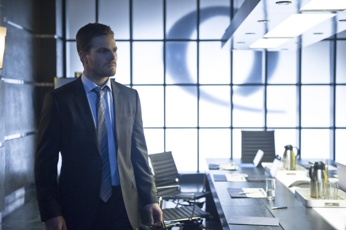 Arrow - Season 2 Episode 18: Deathstroke