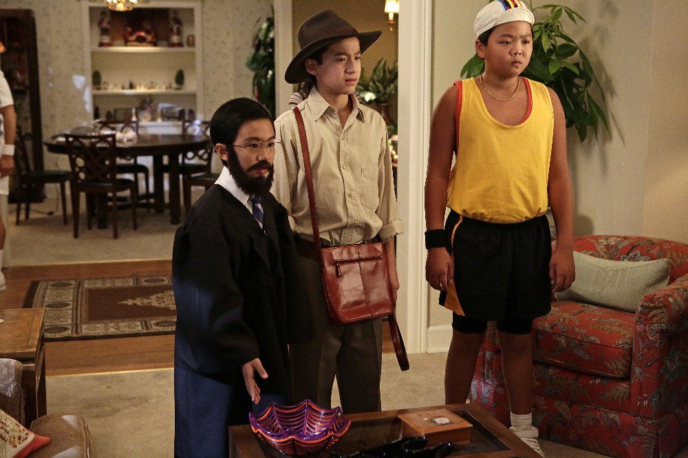 Fresh Off the Boat - Season 3 Episode 03: Louisween