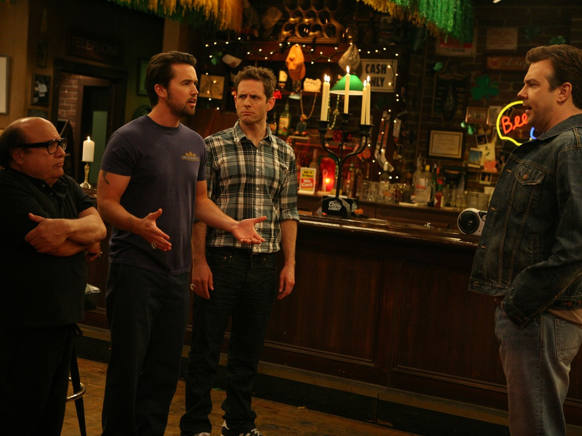 Its Always Sunny in Philadelphia - Season 6 Episode 08: The Gang Gets a New Member