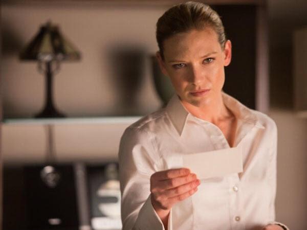 Fringe - Season 3 Episode 10: The Firefly