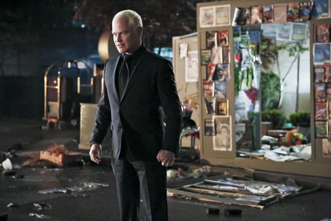 Arrow - Season 4 Episode 23: Schism